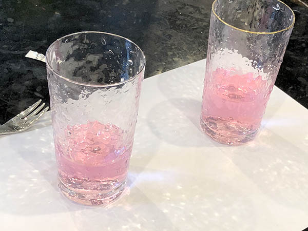 試薬を入れた水道水
